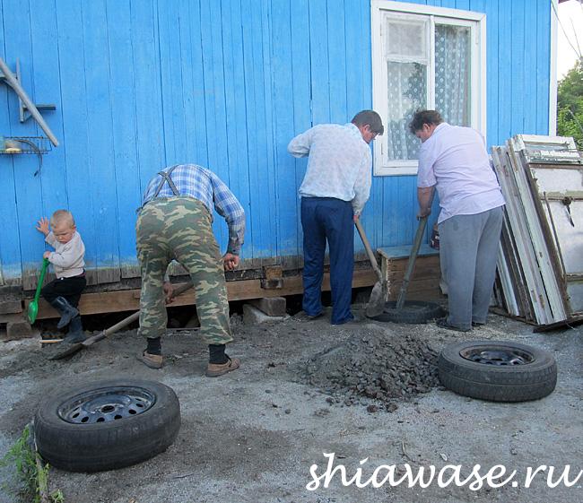 строят-кухню-мужики